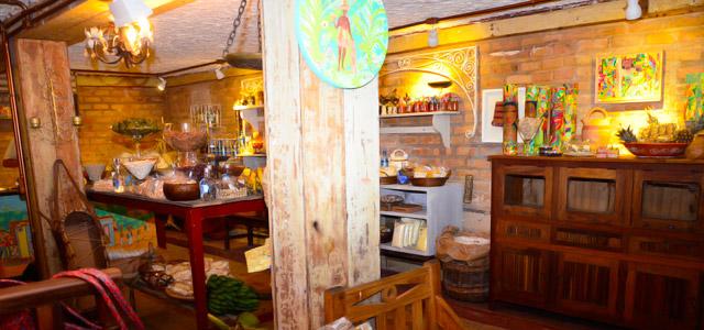 Restaurantes em Salvador devem obrigatoriamente agradar o paladar. Mas o Casa Tereza foi mais longe e criou um ambiente conceitual inspirado nas tradições da Bahia
