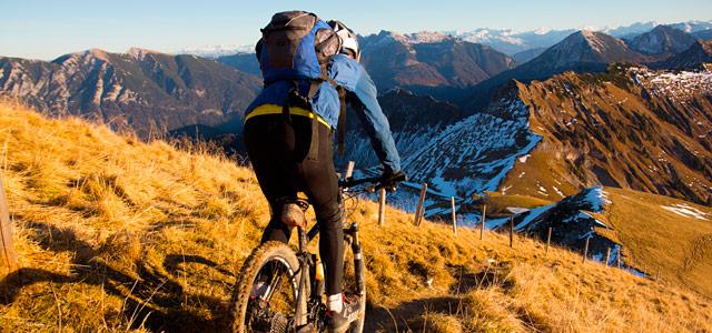 Práticas de mountain bike é comum na região da cidade. Essa e mais dicas de o que fazer em Mendoza você encontra aqui!