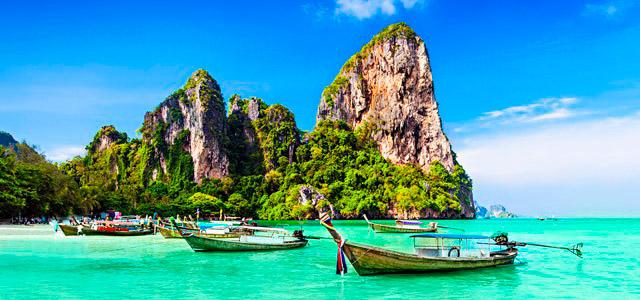 A incomparável Phuket. Essa e outras dicas de lugares para lua de mel você vê por aqui!