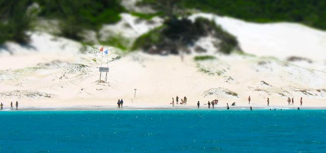 praia-do-farol-arraial-do-cabo-zarpo-magazine