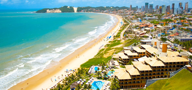 Curta o melhor do entretenimento dos hotéis em Natal visitando o complexo Rifoles, localizado à beira mar de Ponta Negra.