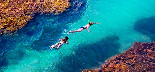 Arrecifes para explorar na Península de Maraú