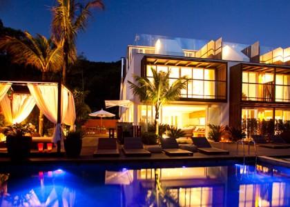 Hotel Nau Royal: Exclusividade, design e romance em Camburi