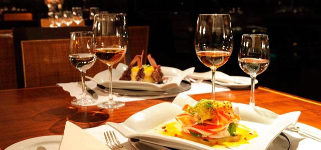 Hotel Gran Marquise: Gastronomia