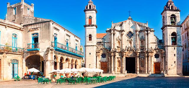 Cuba: Plaza de la Catedral.