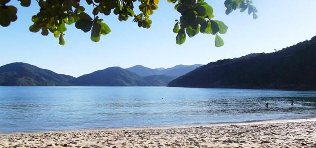 Domingas Dias (Ubatuba) - Praias Mais Bonitas do Brasil
