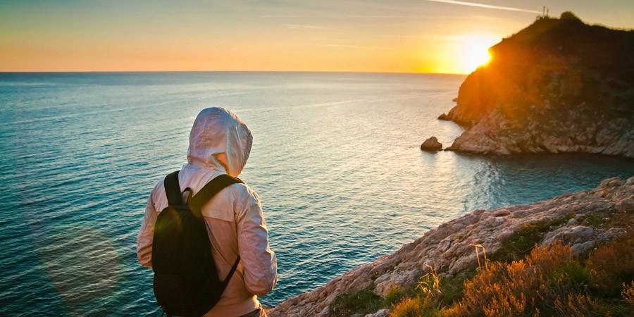 Viajar sozinho sim, solitário jamais!