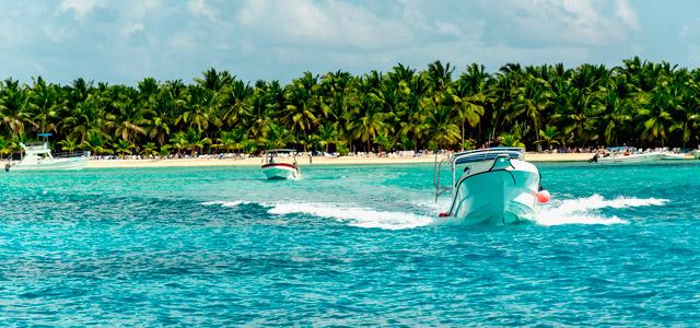 Passeio de jet ski nas águas do Caribe