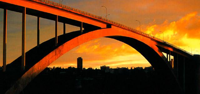 Ponte da Amizade - compras em Foz do Iguaçu