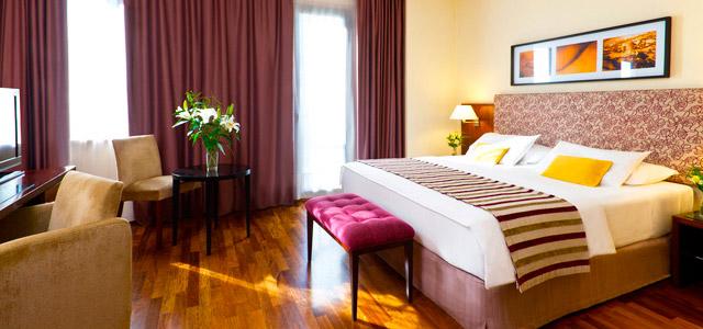 NH Jousten - Hotéis em Buenos Aires