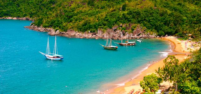 As lindas praias de Ilhabela