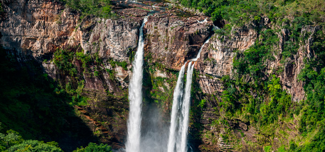 chapada-dos-veadeiros-cachoeira