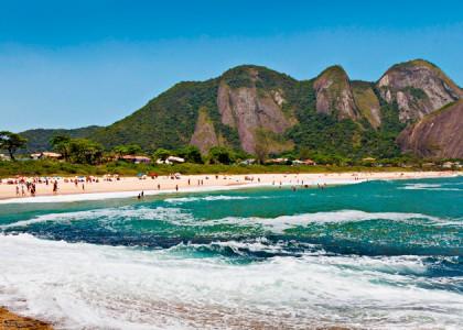 Conheça o Outro Lado de Guanabara: Praia de Itacoatiara