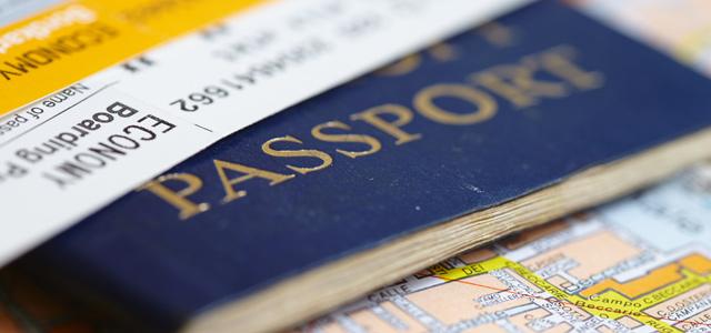 Ao se pensar o que levar em um cruzeiro, a primeira coisa que vem a mente é a documentação, a qual é essencial.