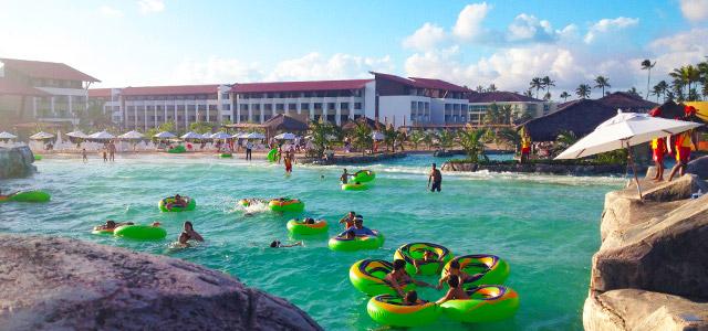 Aproveite para conhecer o Enotel Acqua Club nesse Corpus Christi 2015 e curtir com os pimpolhos.