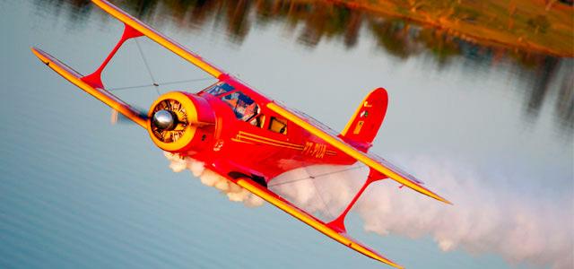 Conheça o acervo de aviões do Broa Golf Resort