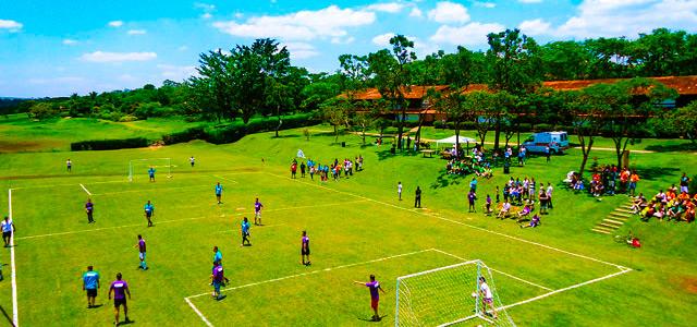 Quadra de esportes do Broa Golf Resort