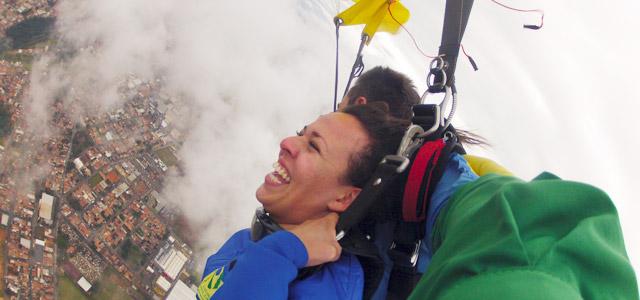 Saltar de Paraquedas