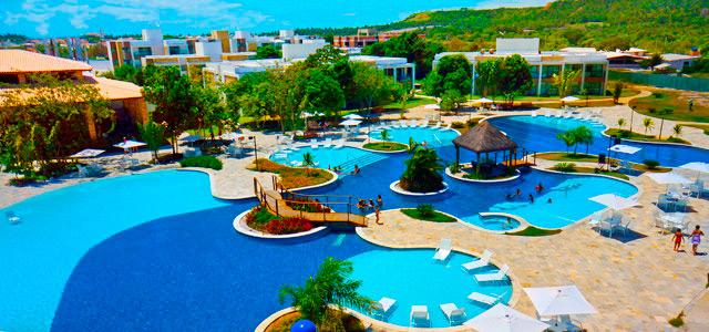 Vista aérea da piscina -  Iloa Resort