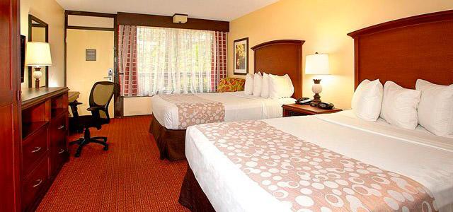 A terra dos sonhos: conheça o Clarion Inn Lake Buena Vista