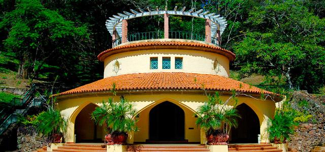 Se hospede em um palácio chamado Tauá Grande Hotel Araxá!