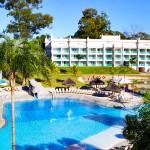 Pegue a estrada rumo aos encantos do Mavsa Resort