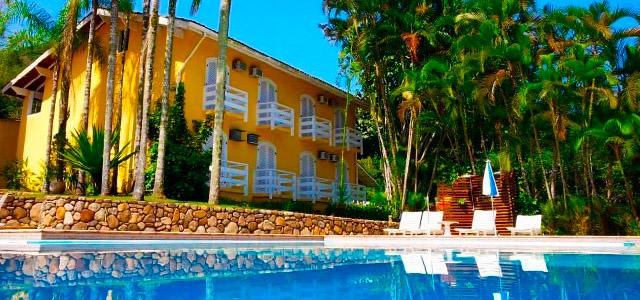 hotel-canoa-fachada-zarpo-magazine