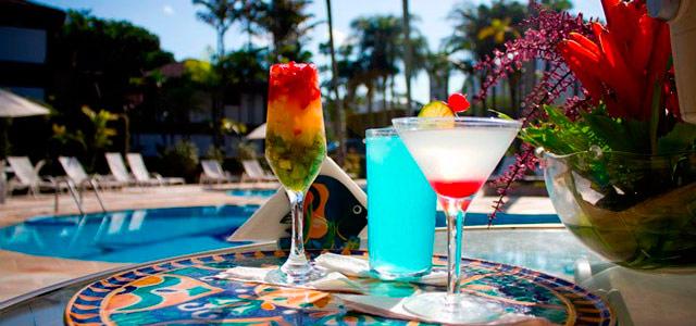 drink-piscina-Recanto-das-Toninhas-zarpo-magazine