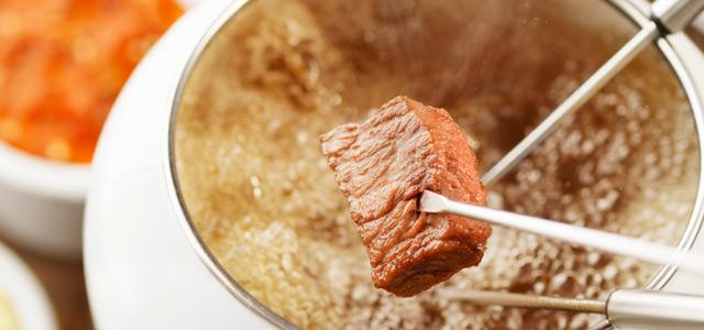 fondue-carne-zarpo-magazine