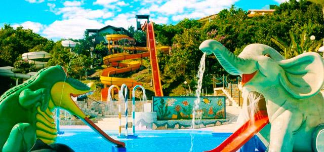 parque-aquatico-aguas-de-Palmas-Resort-zarpo-magazine