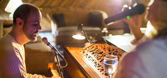 piano-bar-Recanto-das-Toninhas-zarpo-magazine