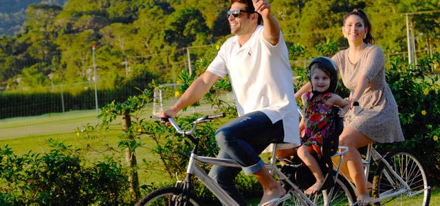 familia-bike-Portobello-Resort-zarpo-magazine