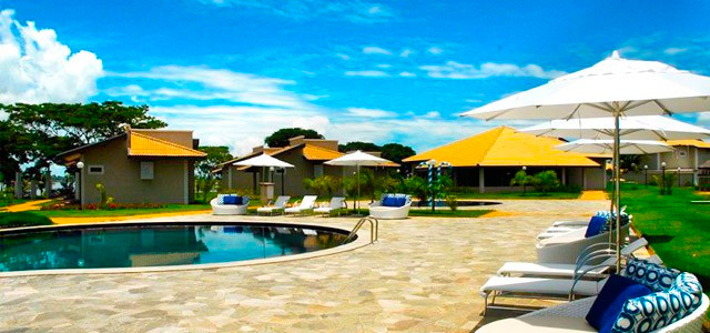 piscina-Resort-da-Ilha-zarpo-magazine