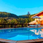 Hospedar-se no Saint Michel Hotel é como dormir no Brasil e acordar nos Alpes Suíços!