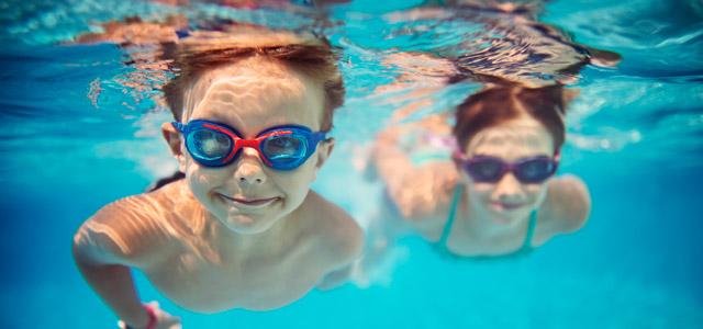 criancas-piscina-zarpo-magazine