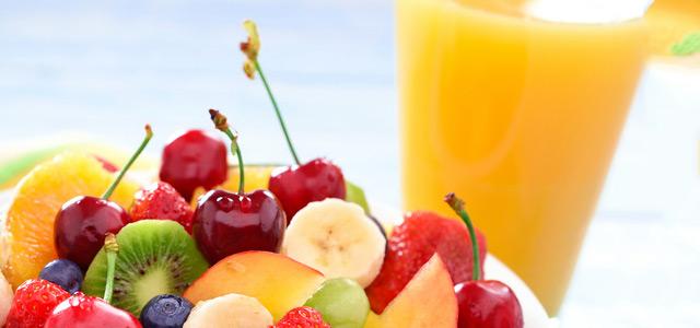 salada-de-fruta-e-suco-zarpo-magazine
