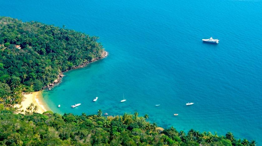 Vista aérea de Ilha Grande, em Angra dos Reis