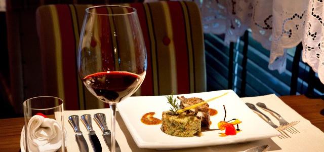 Infinity Blue Resort - Gastronomia