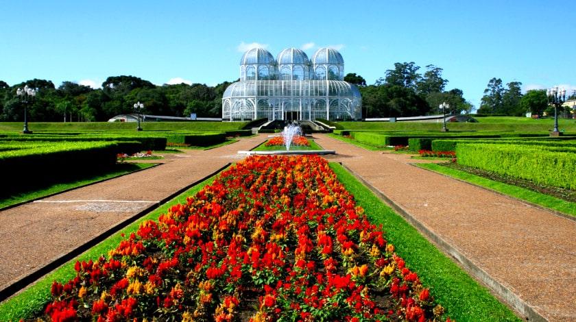 Jardim Botânico de Curitiba, no Paraná, um dos principais pontos turísticos do Brasil