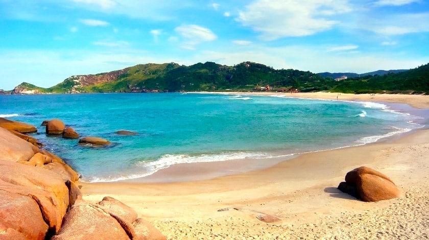 Praia da Daniela, em Florianópolis - SC