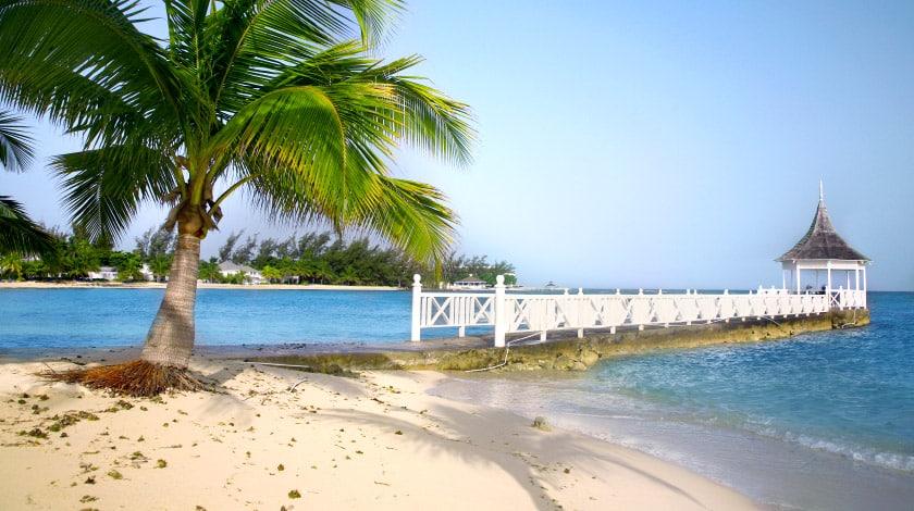 Praia em Montego Bay, na Jamaica