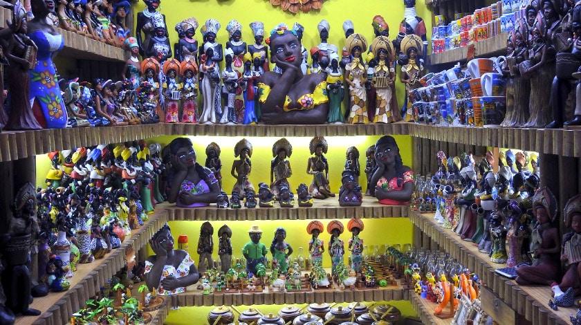 Mercado de Artesanato -  pontos turísticos da Bahia