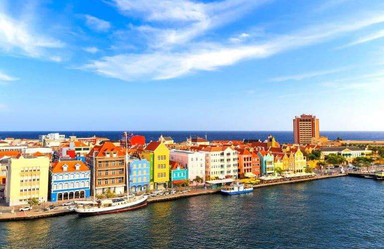 Curaçao confira o que fazer na ilha mais colorida do Caribe