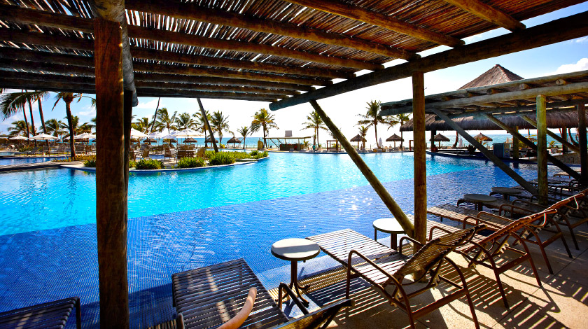 Piscina do Enotel Convention & Spa, em Porto de Galinhas