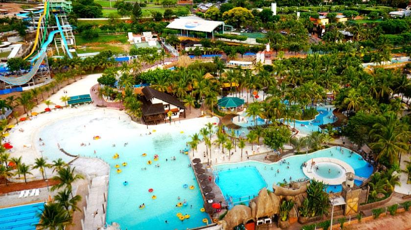 Vista geral Thermas dos Laranjais - parques aquáticos mais visitados do mundo