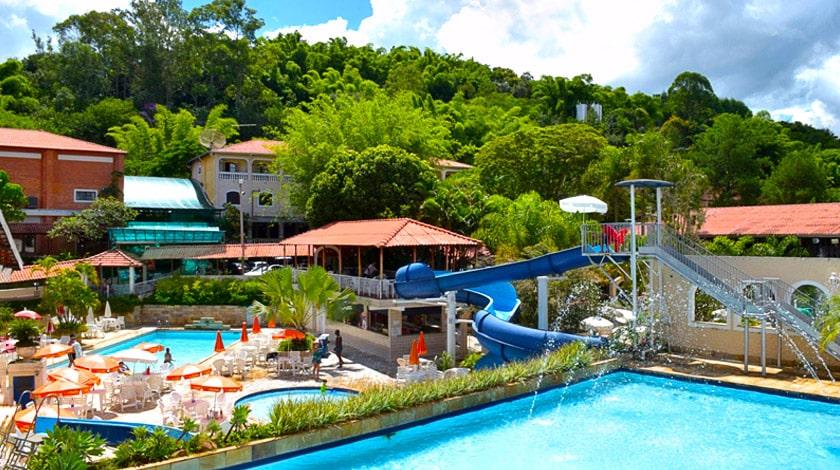 Piscinas do Hotel Fazenda Colina Verde