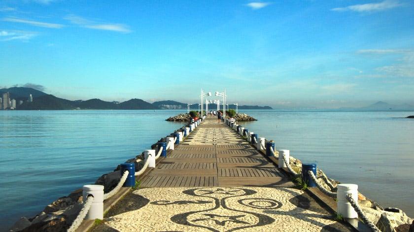 Molhe da Barra Sul - Balneário Camboriu