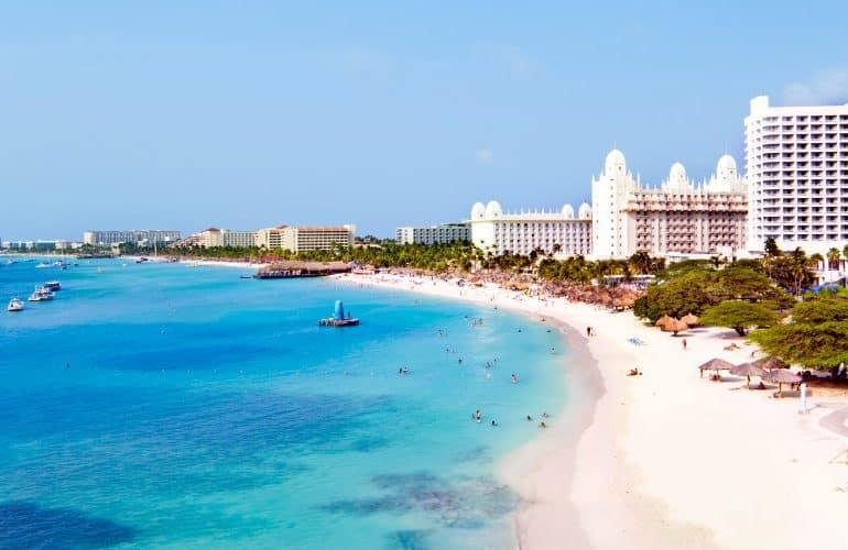 Riu Week: descontos em 9 resorts All-Inclusive no Caribe