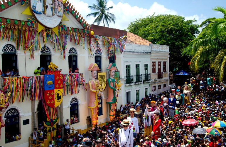 Conheça 12 festas populares brasileiras para curtir ao longo do ano