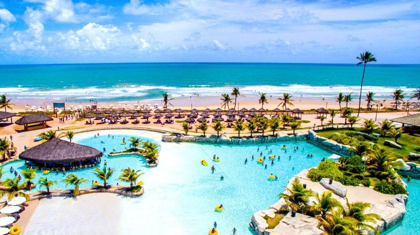 Foto área das piscinas do Enotel Acqua Club e Enotel Convention & Spa